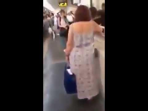 Naked girls fighting thumbnail