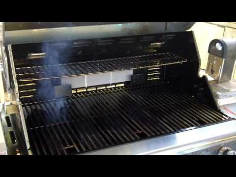 alien bbq turn your gas grill into a smoker youtube. Black Bedroom Furniture Sets. Home Design Ideas