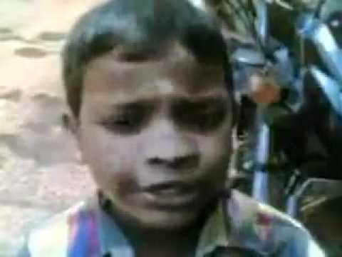 Ivananu thaaram...super song(nadan pattu) by this little boy....