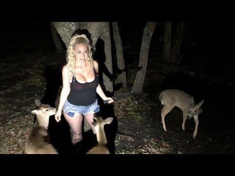 🔴Night Time Sasquatch Hunt 🦍- Diggin Britt Live!  Text To Speech