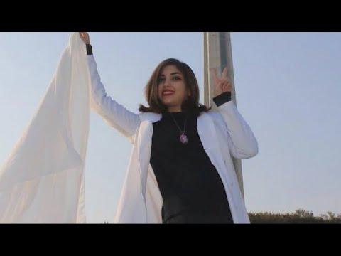 Voile en Iran: la défiance gagne la rue et les réseaux sociaux