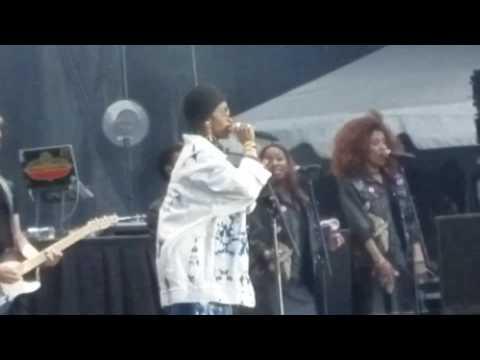 Lauryn Hill Live!!