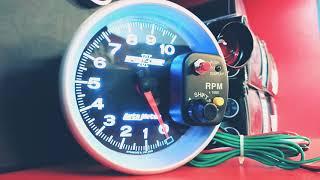Тахометр Autometer