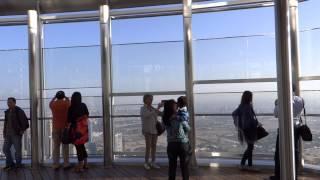 Dubai 2014. Burj Khalifa. Vista panoramica dal 124° piano part. 04. (03.01.2014)