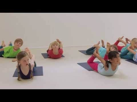 Creative Yoga Games for Kids - Hunting