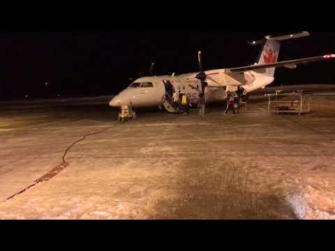 Boarding Air Canada Flight In Timmins Ontario - Canada February 1, 2018