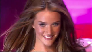 ROSIE HUNTINGTON - WHITELEY - RUNWAY COMPILATION #KModels.eu