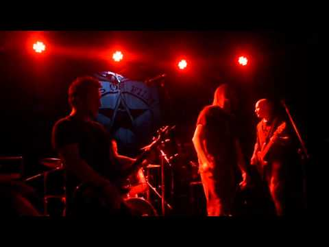 Icons of Filth - Onward Christian Soldiers - Boston Arms - 29/4/16