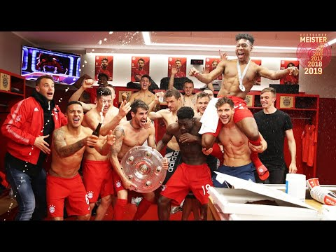Trophy Handover, Beer Showers & Locker Room Party | FC Bayern Championship Celebration 2019