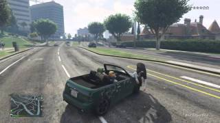 GTA 5 Funny Clips: You know when you get a bug stuck on your windsheild?