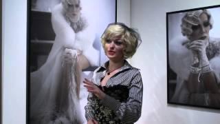 Певица и актриса Монро на выставке ''Моя Люся''