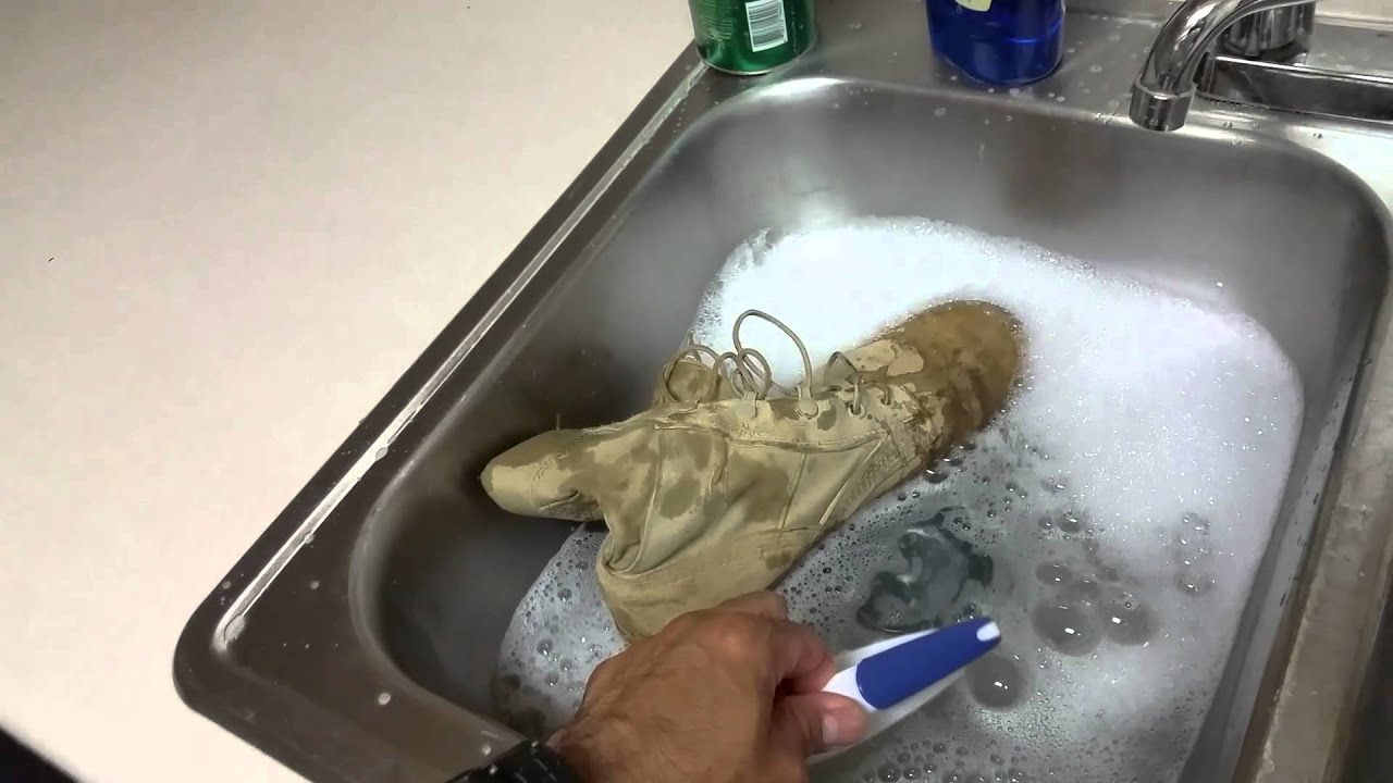 How To Clean Military Boots Youtube