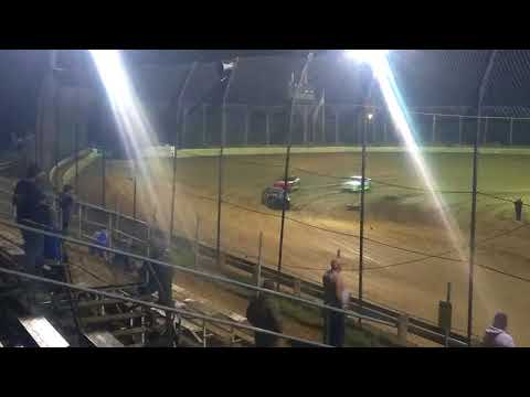 Hornets feature race at moler raceway park 9/16/17