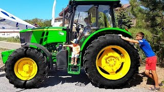 Old macdonald song with Tractor Excavator for kids pretend play building