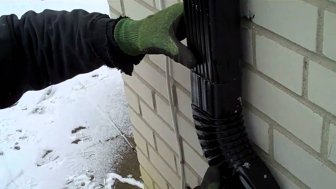 Crimp Downspout And Install Elbow Youtube