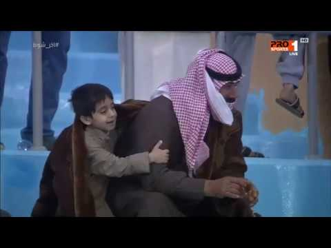 Photo of حنان الأب في مدرجات كرة القدم – الرياضة