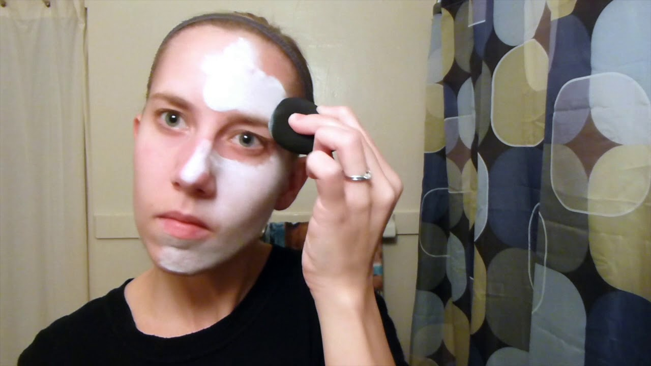How To Apply White Face Makeup Properly