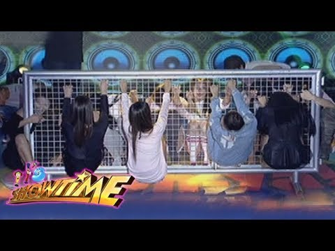 It's Showtime Cash-Ya: Team Nadine on a metal Barricade