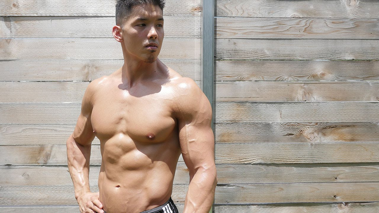 125 pound nude brunette