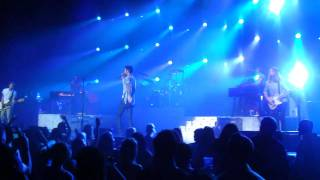 Download Maroon 5 / Wake Up Call (live clip) Mp3