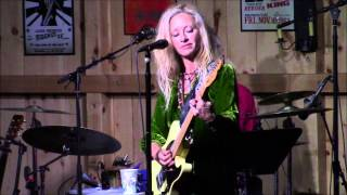 Watch Shelby Lynne Why Cant You Be video