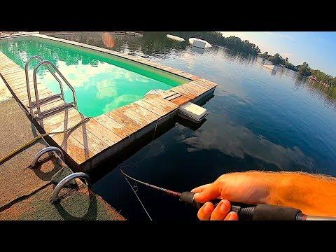 Bass Fishing Dal Pedalò In Un POSTO PARADISIACO?! (NON Sembra Di Stare In ITALIA!!)