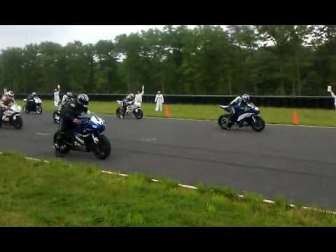 AGVsport NJMP race start 6 AGV sport Custom suits on the grid
