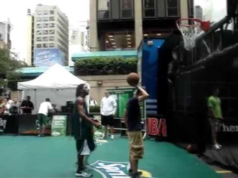 TFB::Dunks:: Air Bama & Troy McCray Shut Down NYC
