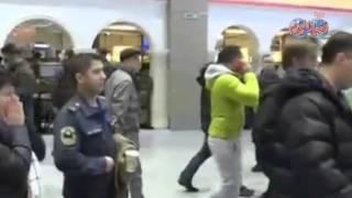 """المشاهد الاولي لأهالي ضحايا الطائرة الروسية بمطار """"سان بطرسبرج"""""""