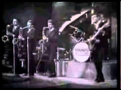 Little Richard - Lucille (Nov 1963 in England - telecast Jan 1964)