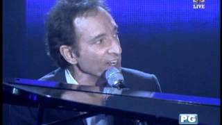 David Pomeranz serenades