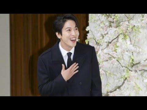 [EngSub] Funny Jung Yonghwa & Kang Minhyuk interview at Ryu Hyun Jin wedding
