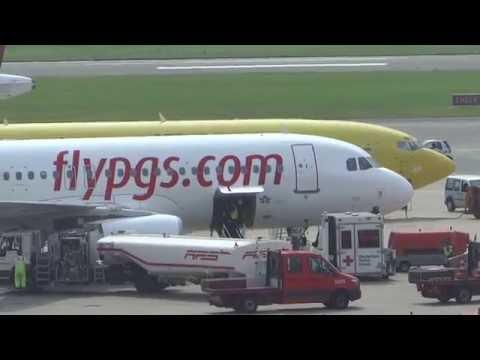 Pegasus A320 TC-DCJ parking hamburg