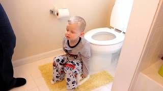 Potty training video for girl and boy toddlers to watch