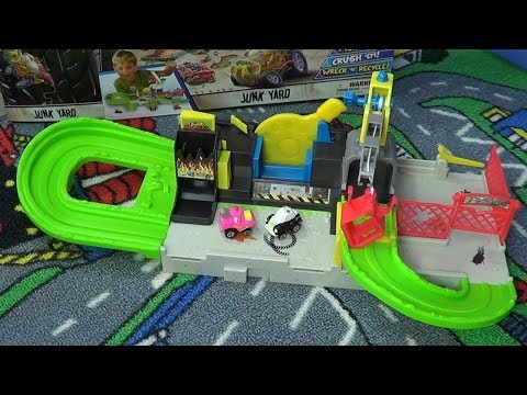 Trash Wheels Junk Yard From Trash Pack Product Review