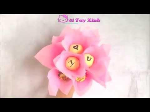 Cách làm hoa bằng kẹo mút