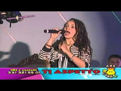 """Sharon Caroccia - Ritmo Napoletano """"TI ASPETTO"""" Con Chiara Neomelodica"""