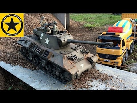 bruder-toys-bworld-m-36-slugger-jack's-tank-test-drive