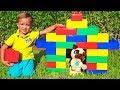 Vlad and Nikita Play with Colored Blocks