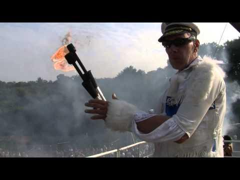 Klas Tacer Fire Eating Video at Bestival