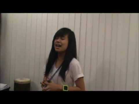 Nica Dorothea singing
