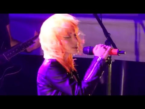 1/19 Paramore - Hallelujah (Leonard Cohen Cover) + Hallelujah @ Parahoy (Show #2) 3/07/16