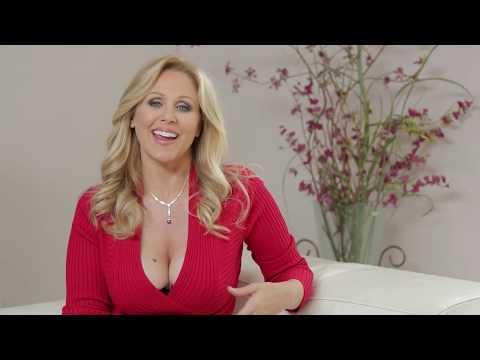 Die Frau mit den Riesen-Brüsten: Busenwunder Lacey Wildd   taff from YouTube · Duration:  7 minutes 5 seconds