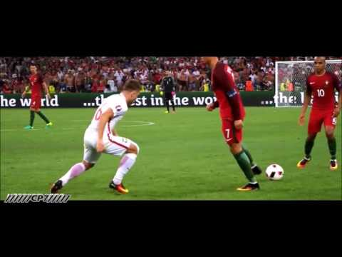 Cristiano Ronaldo // Motivational Video 2016 // Never Give Up