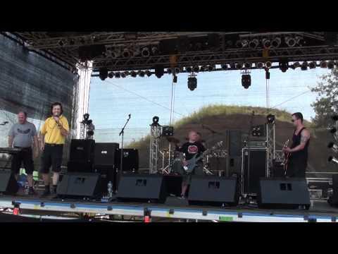 F.B.I. - Die Nutten streiken Live Spirit from the Street Festival 2011