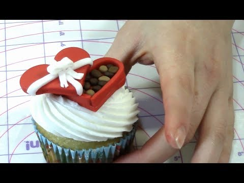 Valentines Day Chocolate Box Cupcake How To With The Icing Artist