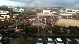 3月11日 閖上中学校からみた津波