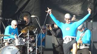 The Aquabats With Travis Barker - Superrad (Back to The Beach 2019)