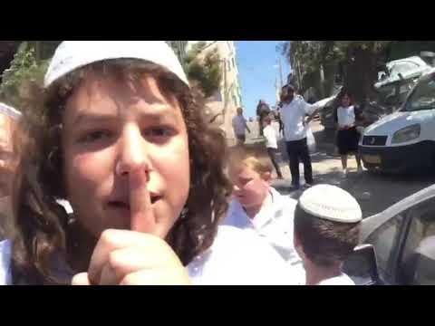 Settler atack in Hebron