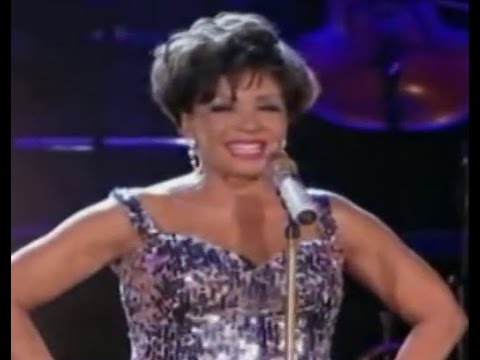 Shirley Bassey - The Lady Is A Tramp (2009...